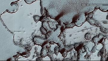 Incredible Close-Ups of Mars' Diverse Terrain from NASA Orbiter