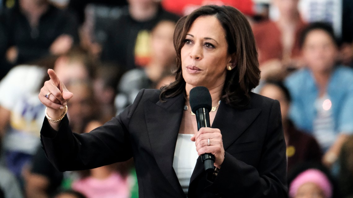 Protester jumps on stage, grabs microphone from Sen. Kamala Harris