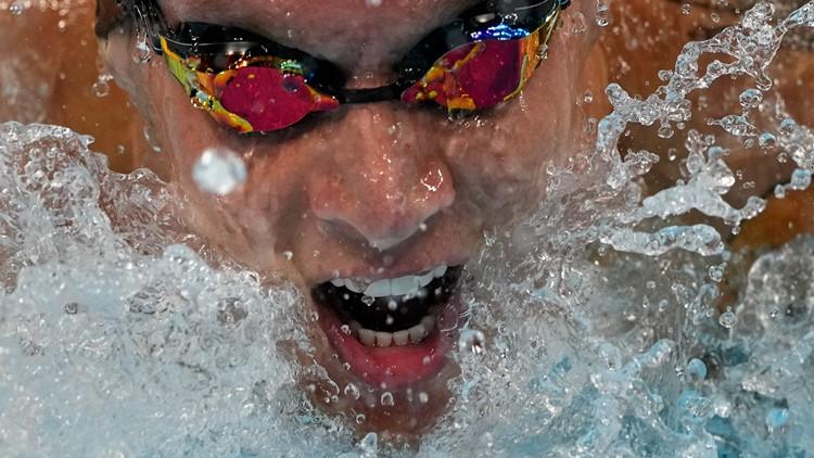 Ledecky, Dressel star for US; Elaine Thompson-Herah wins 100 meters