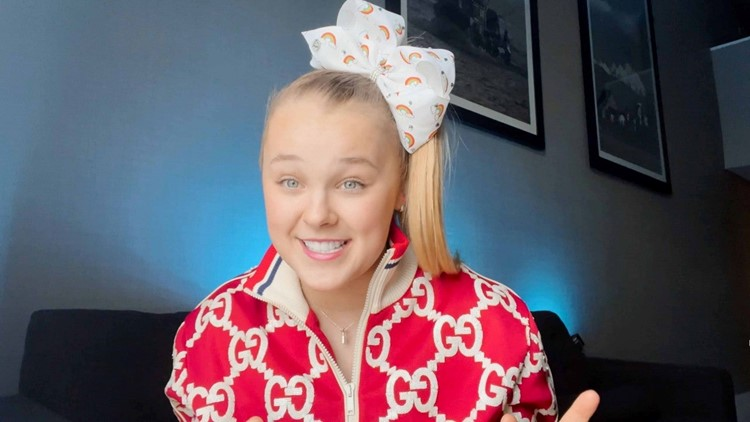 JoJo Siwa Praises Her 'Most Wonderful' Girlfriend While Encouraging Fans to 'Love Who You Want to Love'