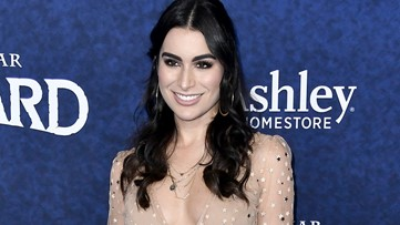 Ashley Iaconetti Doubts 'Bachelor' Peter Weber Is Actually In Love With 3 Women: 'He's Infatuated' (Exclusive)