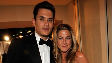 Jennifer Aniston Comments on Ex John Mayer's Instagram Live Show