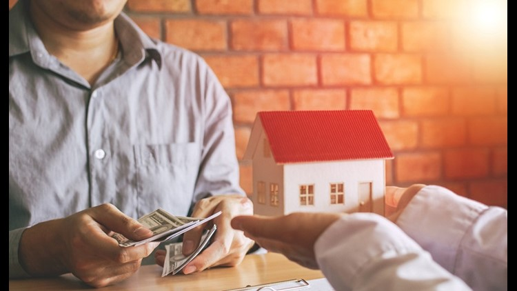 Scammers prey on desperate homeowners by offering them simple solutions to their mortgage problems. Learn how to distinguish legitimate mortgage services from scammers.