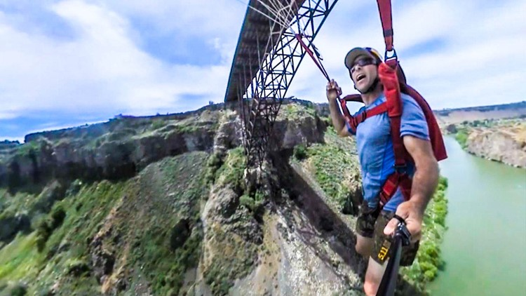 360 VIDEO: Twin Falls BASE jumper breaks world record
