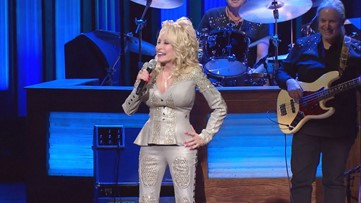 Dolly Parton is working on a new Netflix Christmas movie!