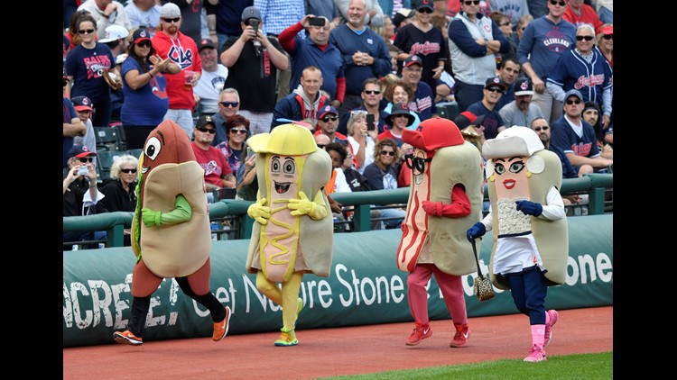 PETA petitions Cleveland Indians to include a veggie dog mascot in Hot Dog Derby