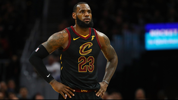 LeBron James leaving Cleveland Cavaliers to sign with Los Angeles Lakers