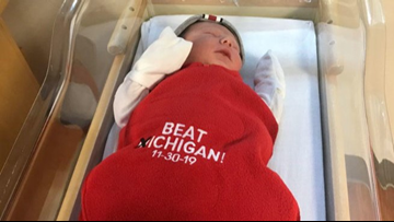 "Babies born this week at Ohio State hospital get ""Beat ❌ichigan"" blankets"