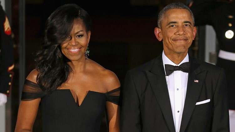 Barrack and Michelle Obama seen dancing at Beyonce concert