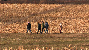 Volunteers organize to continue search for missing Coopersville teen