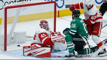 Pavelski helps Stars beat Red Wings 4-1