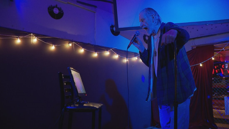 Drop the mic: Man battling lung cancer ends karaoke streak at 372 days