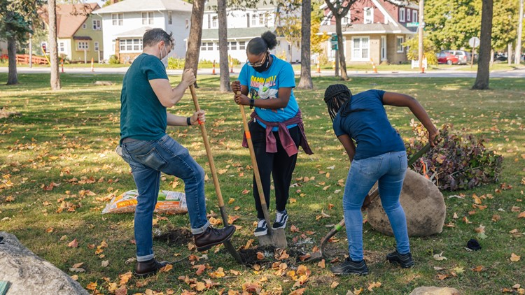 Volunteers to plant 250 trees in Burton Heights neighborhood