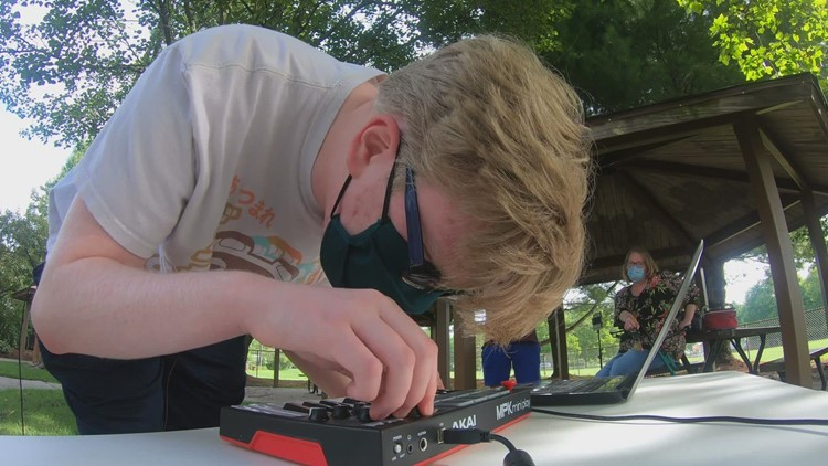 'Work with what you got' : 16-year-old with albinism, no sweat glands, finds passion in Electronic Dance Music production