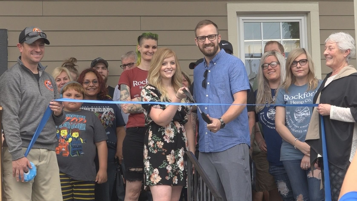 Rockford welcomes city's first hemp store