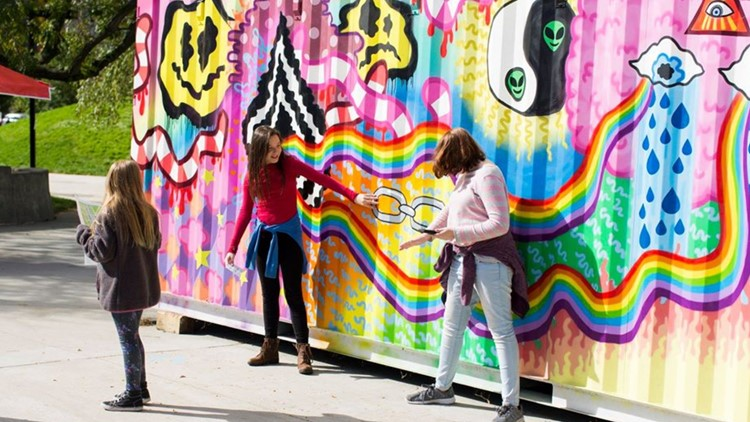 ArtPrize visitors to give cash prizes, other awards to artists