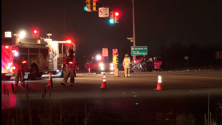 3-car crash closes busy Kent County intersection