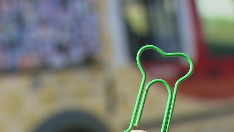 OML: Paper Clip Ice Cream Truck