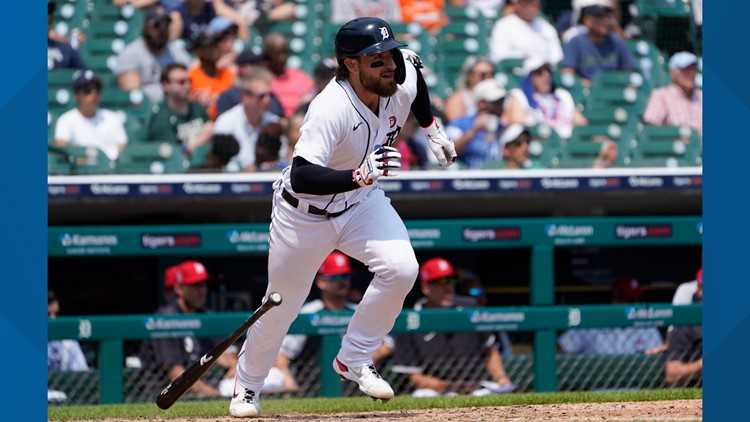 Candelario helps Tigers beat White Sox 6-5 for series win
