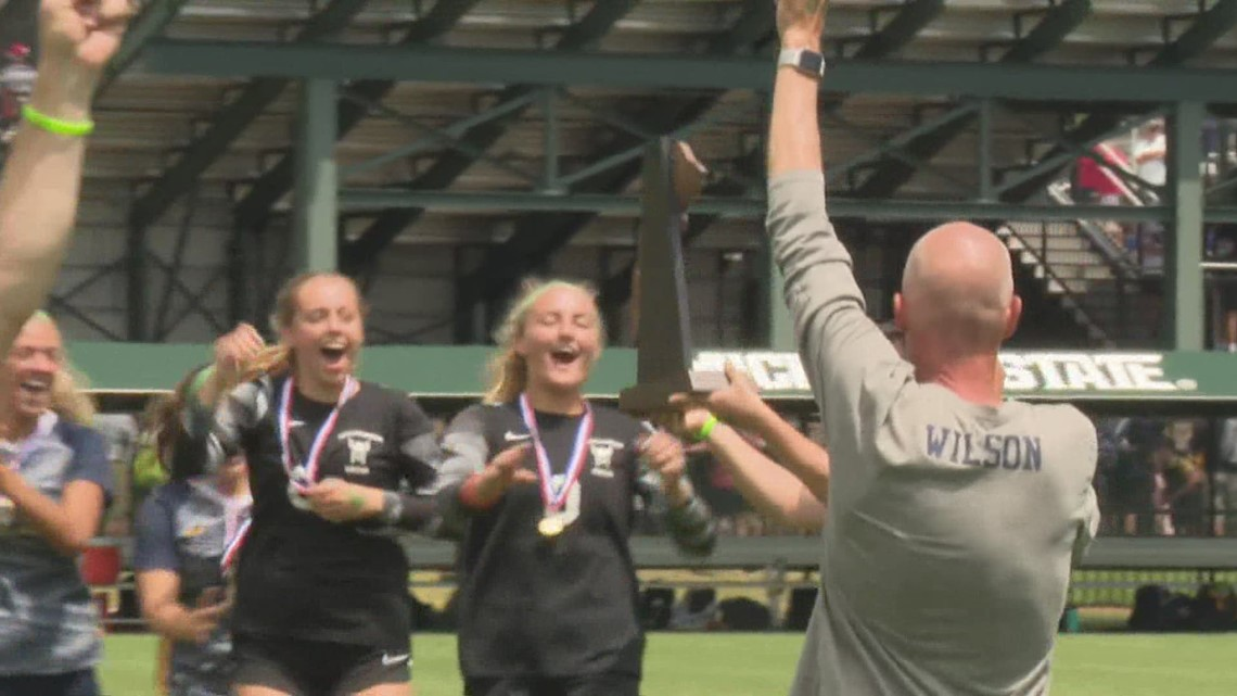 North Muskegon cruises to state title