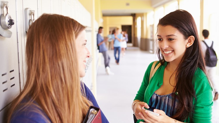 Study: Teens who don't date may fare better