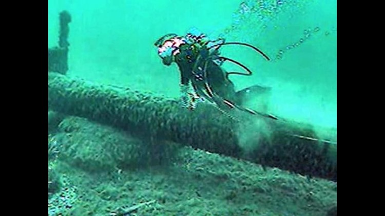 Line 5 oil pipeline in the Straits of Mackinac has been damaged