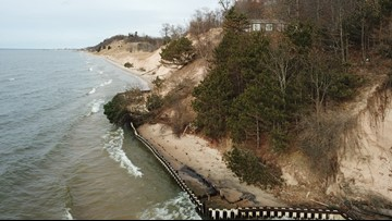 More Michigan lawmakers call for state of emergency over beach erosion