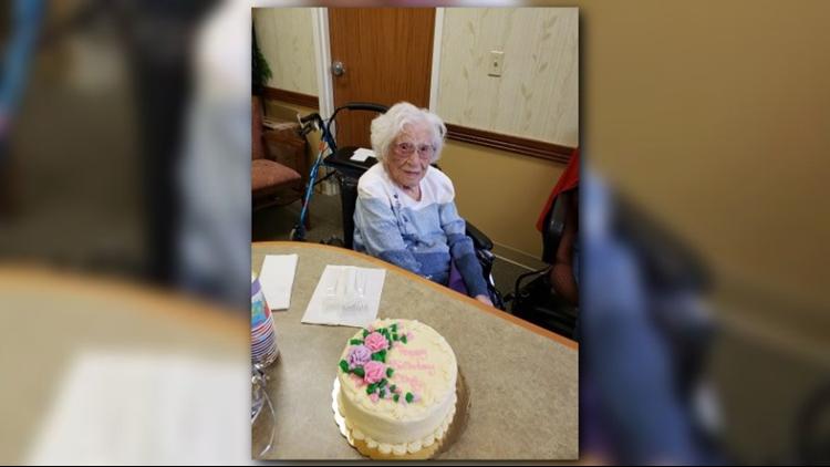 Terrific Grand Rapids Woman Celebrates 107Th Birthday On New Years Day Personalised Birthday Cards Veneteletsinfo