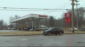Gas prices drop across Michigan