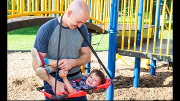 Rockford man invents portable changing table