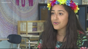Sunrise Sidelines: Students watch out for each other
