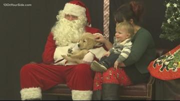 'Signing Santa' communicates with deaf children through sign language