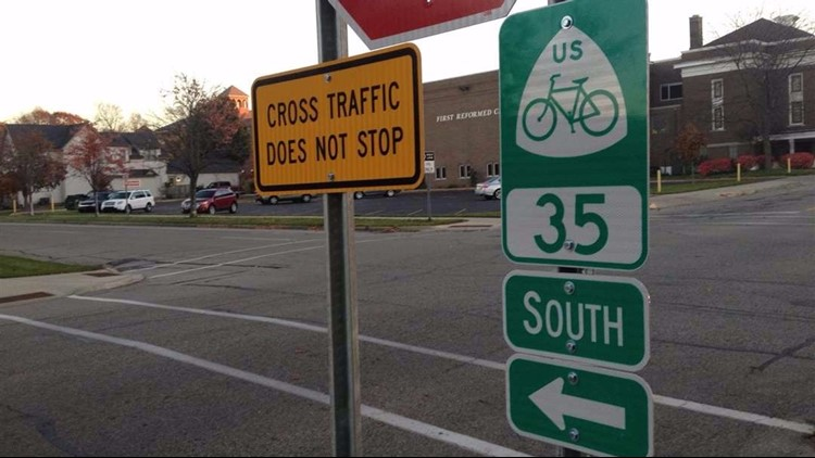 """Michigan is among 11 states with no """"safe passing"""" law, and bicyclists have been lobbying lawmakers to act."""