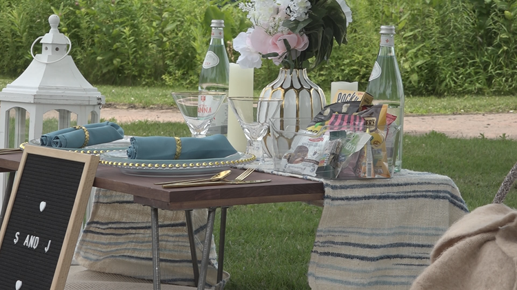 More than a walk in the park: New luxury picnic company offers upscale relaxing