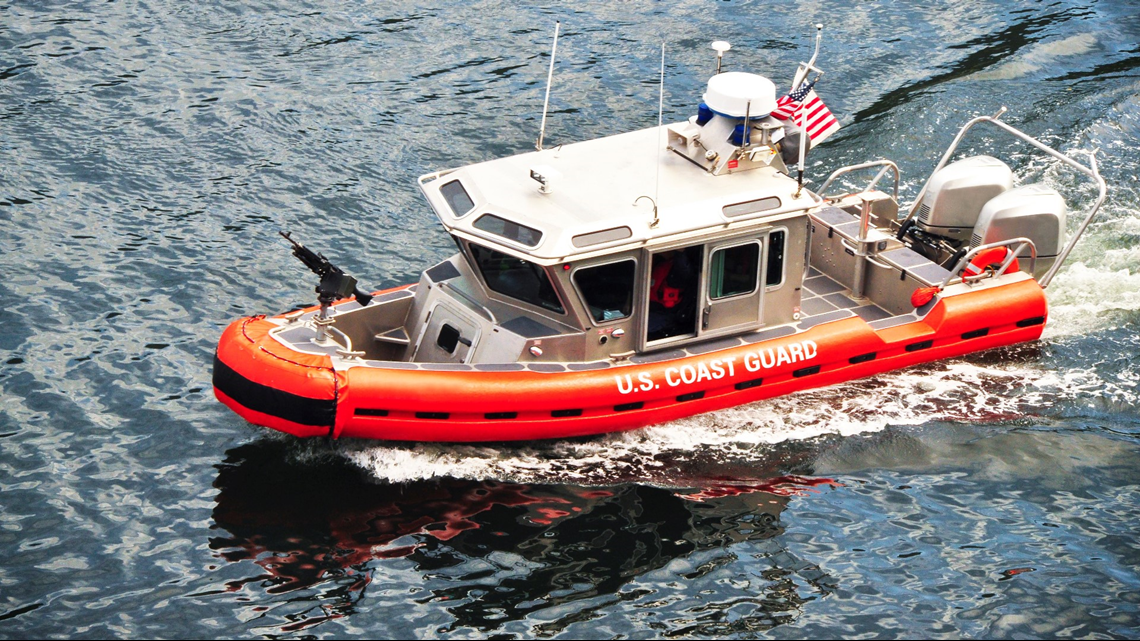 It's just training! Coast Guard, local agencies conduct pollution response on Lake Michigan