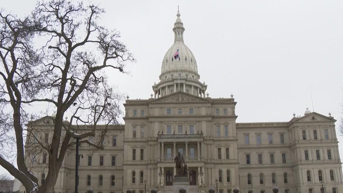 Michigan Legislature passes $4.2B in virus aid without deal