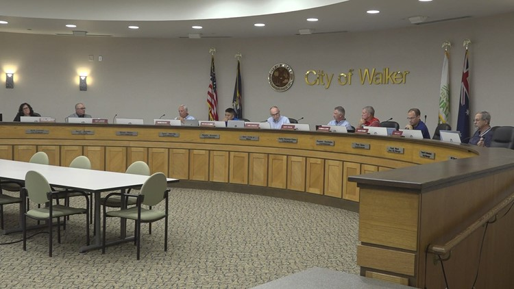 Planning commission re-examines Walker development due to residents' safety concerns
