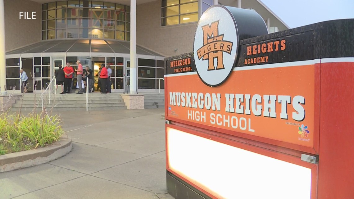 Muskegon Heights Public Schools moves to hybrid model