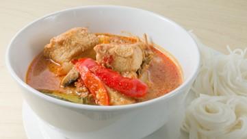 Better Bites: Vegan Thai Red Curry Soup