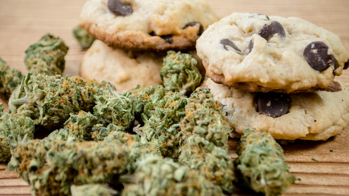 Marijuana Users Weigh Less, Defying the Munchies