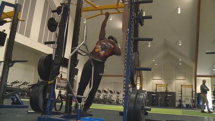 Hudsonville senior looks to set new Guinness World Record