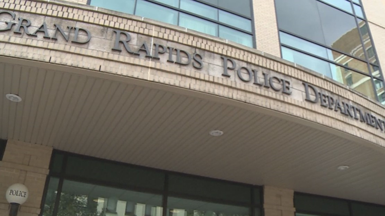 Grand Rapids Police warn of multiple bomb threats locally and across the country