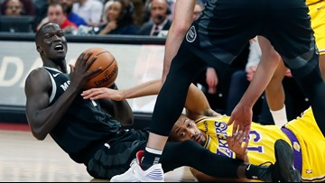 Pistons handle LeBron-less Lakers 111-97