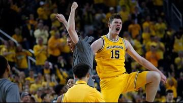 Livers returns, Michigan beats No. 16 Michigan State 77-68