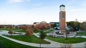 Pledge of Allegiance reinstated at GVSU Student Senate meetings