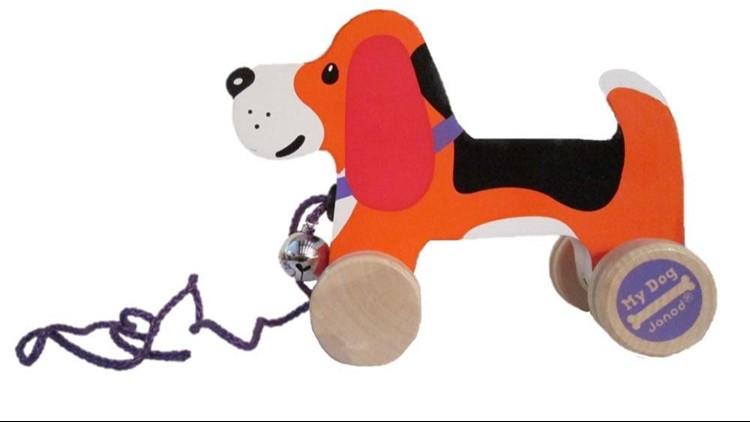 CHIEN Á PROMENER PULL ALONG DOG