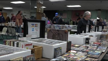 Record and CD show draws music lovers to Grand Rapids
