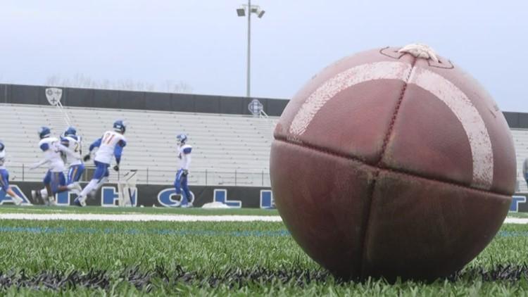 Unity Christian and Grand Rapids Catholic Central prep for 7th playoff match
