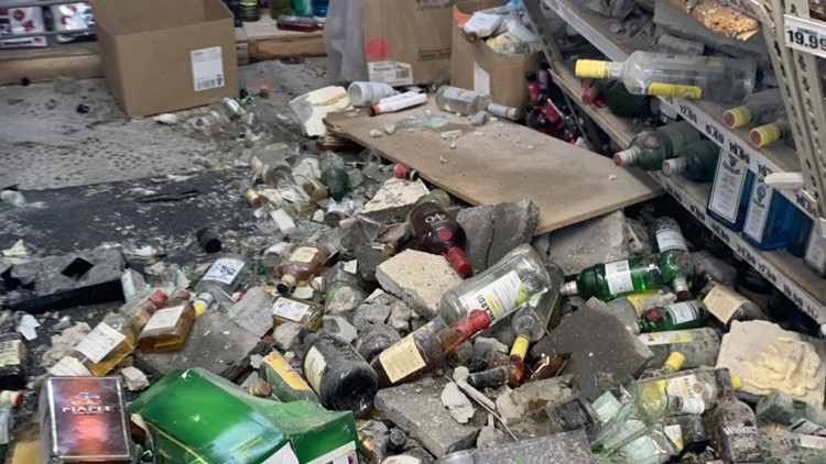 Bulldozer used to smash wall, steal liquor from Detroit store