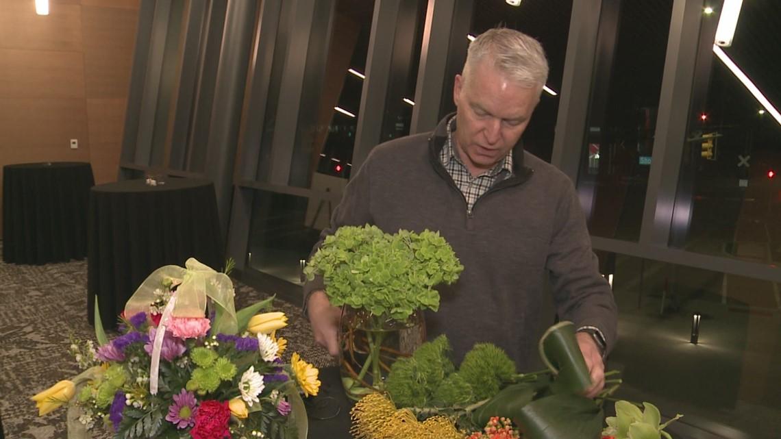 Preparing flower arrangements